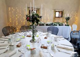 Décoration de la salle noire pour un mariage au Château de la Rairie en Loire Atlantique