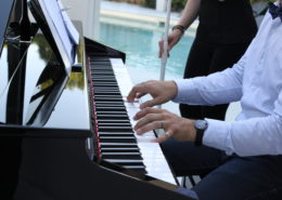 Pianiste en Live au bord de la piscine au Chateau de la Rairie (44), animation musicale