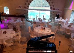 Repas avec ambiance musicale au Château de la Rairie à Pont Saint Martin