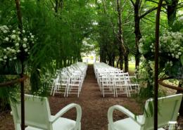 Cérémonie Laïque dans l'Allée des Amoureux pour un Mariage au Château de la Rairie à Pont Saint Martin 44