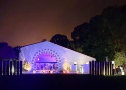 Salle de réception vue de nuit lors de la Soirée Dansante
