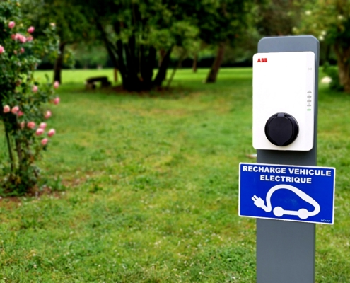 Borne électrique recharge voiture séminaire Nantes